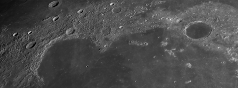 Sinus_Iridum_and_Plato_140113_20h50mUT