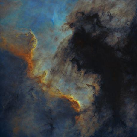 NGC7000_Hubble_starless